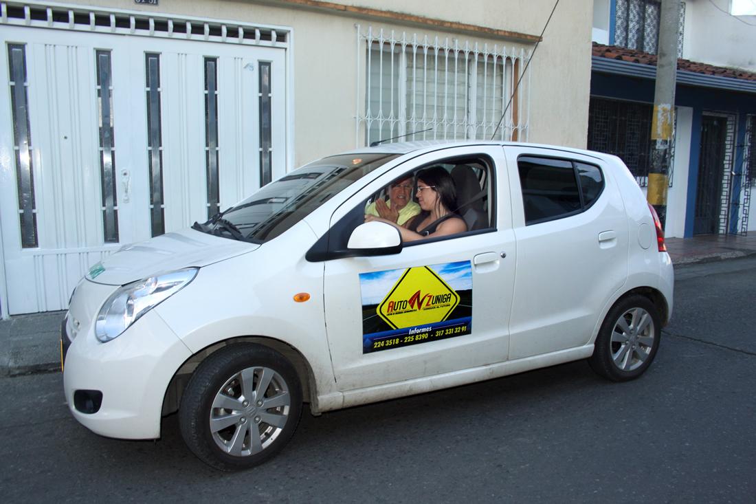 cea-auto-zuniga-tulua-escuela-de-conduccion-flota-automovil-clases-parqueo-conduccion